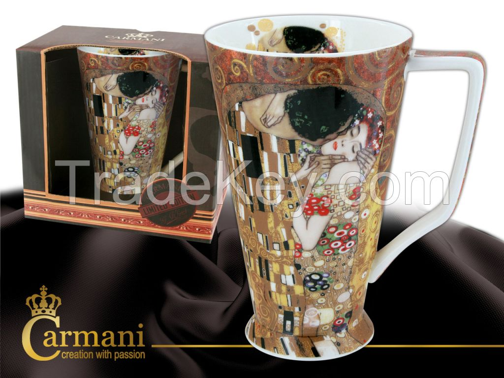 Kayak Mug G. Klimt- The Kiss- Brwon Background