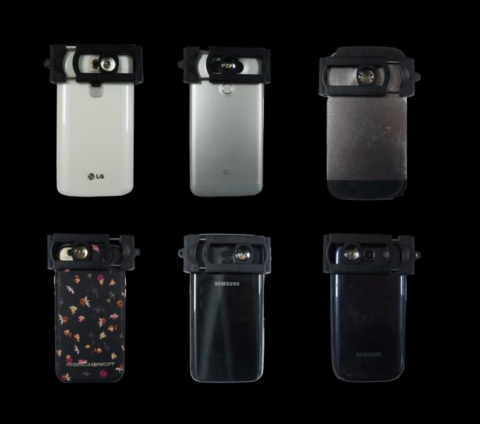 Smartphone flashlight kit