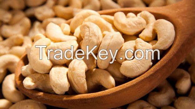 Cashew nut, peanut, pepper, red chili, ginger, coffee, star anise, cinnamon stick .