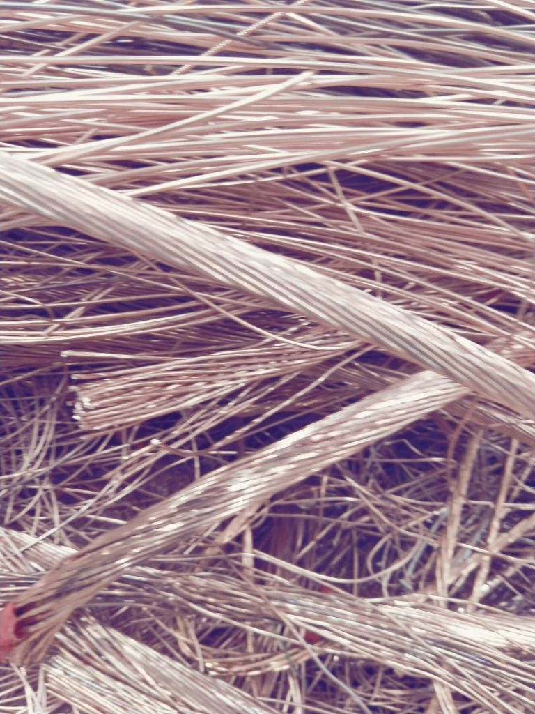 Bright  millberry copper scrap  wire high quality 99.9%  for sale 2019