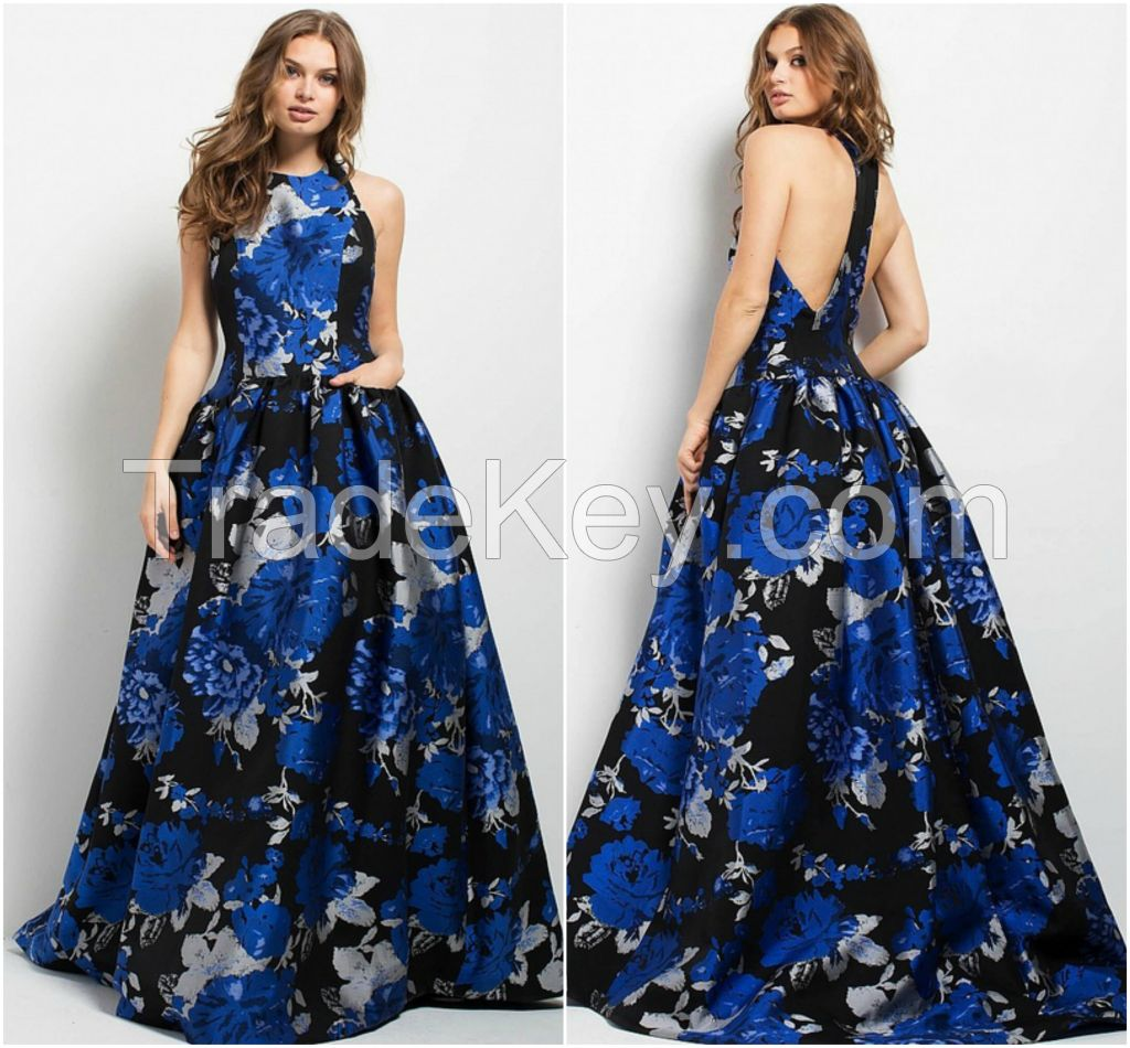 Brings This Charming Look For Your Next Formal Party