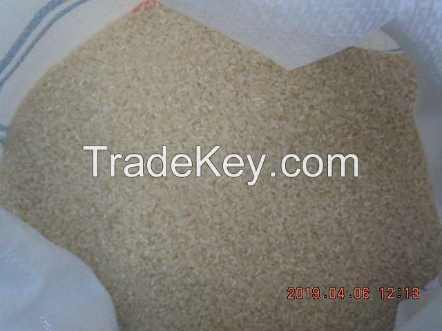 100% BROKEN WHITE RICE (IRRI-6)