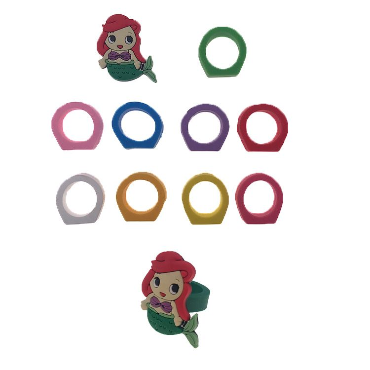 Various Different designs princess colorful customized Silicone rubber soft PVC finger ring for kids gift