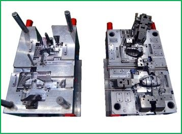 Plastic mould and moulding