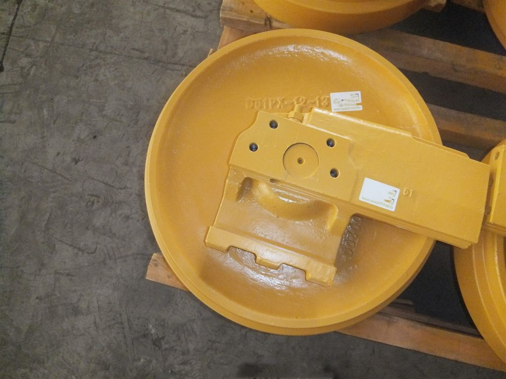 D61EX-12 D61PX-12 134-30-00200  Idler for bulldozer