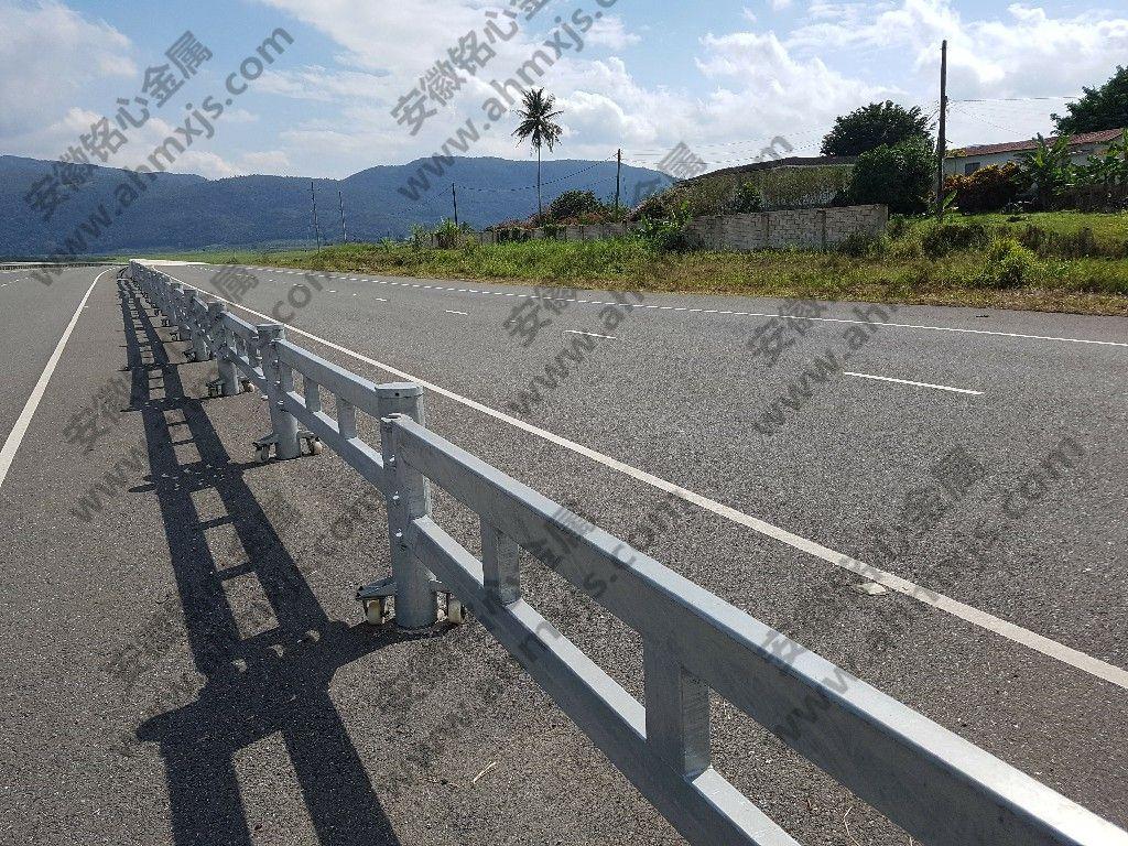Traffic Folding Barrier Roadway guardrail