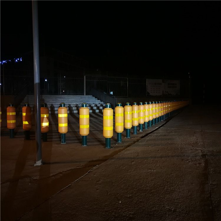 Flexible Reflective Traffic Warning Post with Steel Base