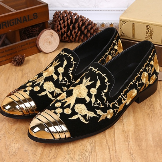 New Fashion Men's Customized Shoes Embroidery Genuine Leather Loafers Party Shoes Espadrilles Men Shoes Slip Ons Shoes Male Fashion Wedding Shoes Driving Shoes Design Smoking Slippers Plus