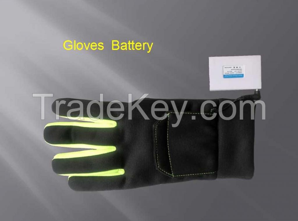 7.4V Battery Heated Thin Gloves For Outdoor Activity Golf Cycling