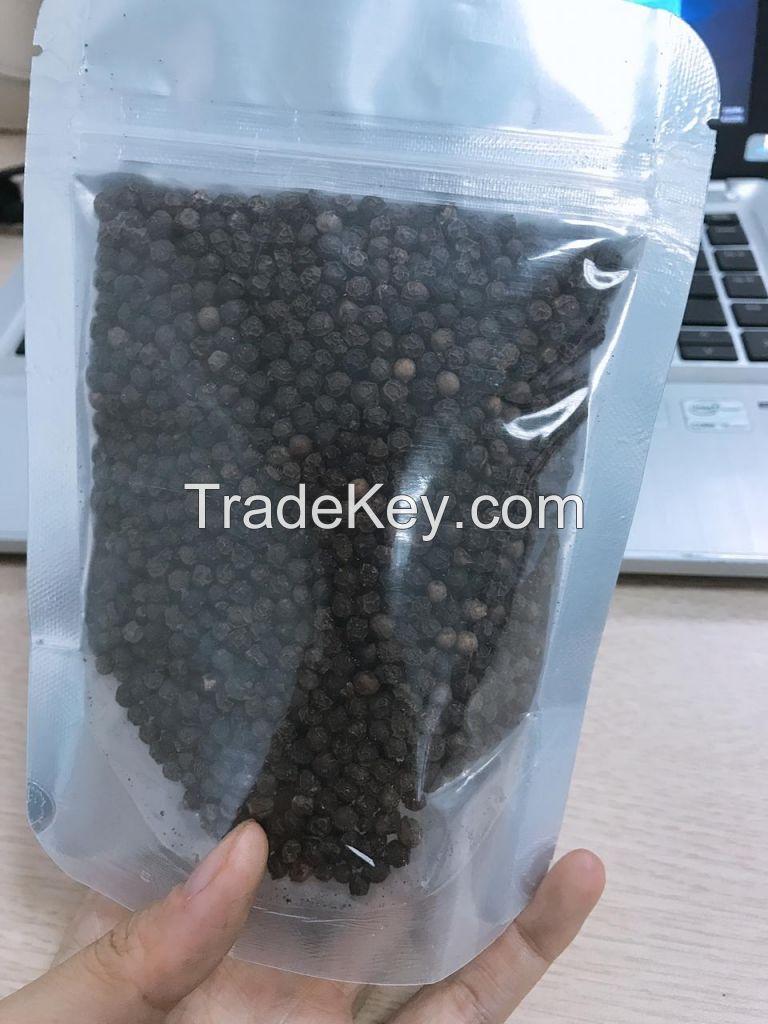 Black Pepper 550 g/l Cleaned