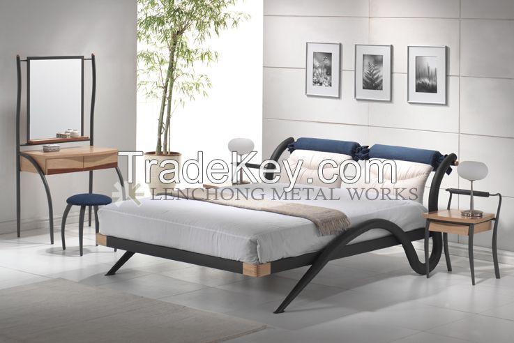 Metal bed Malaysia