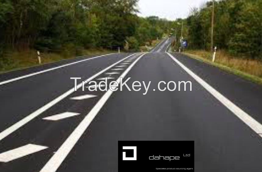 WHITE HOT-MELT ROAD MARKINGS