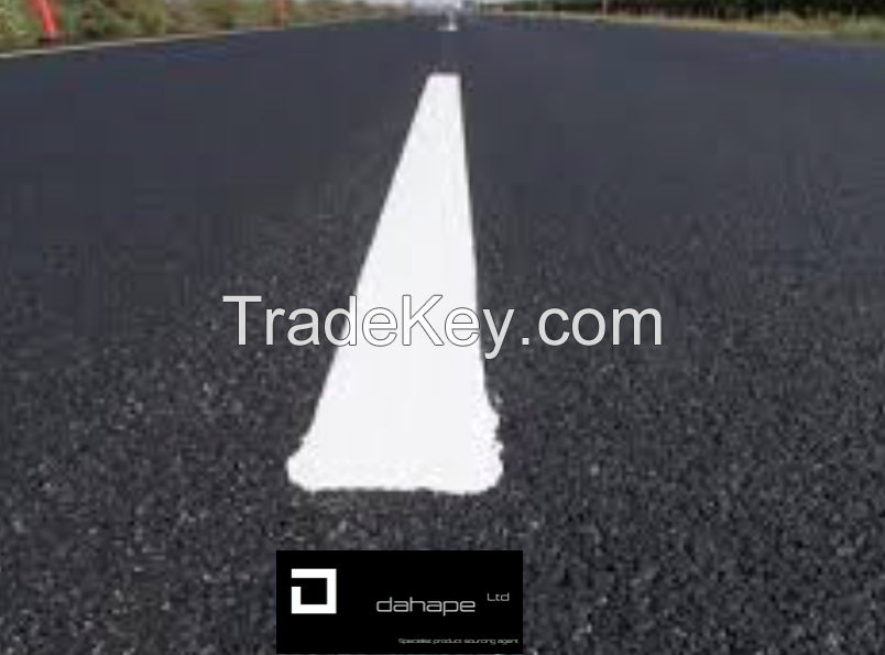 WHITE HOT-MELT ROAD MARKINGS