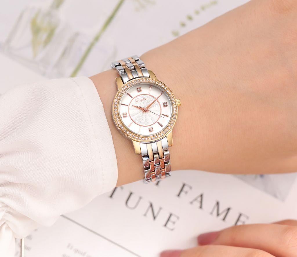 Hot Sale Fashion Gift Custom Brass Women Watch for Decoration