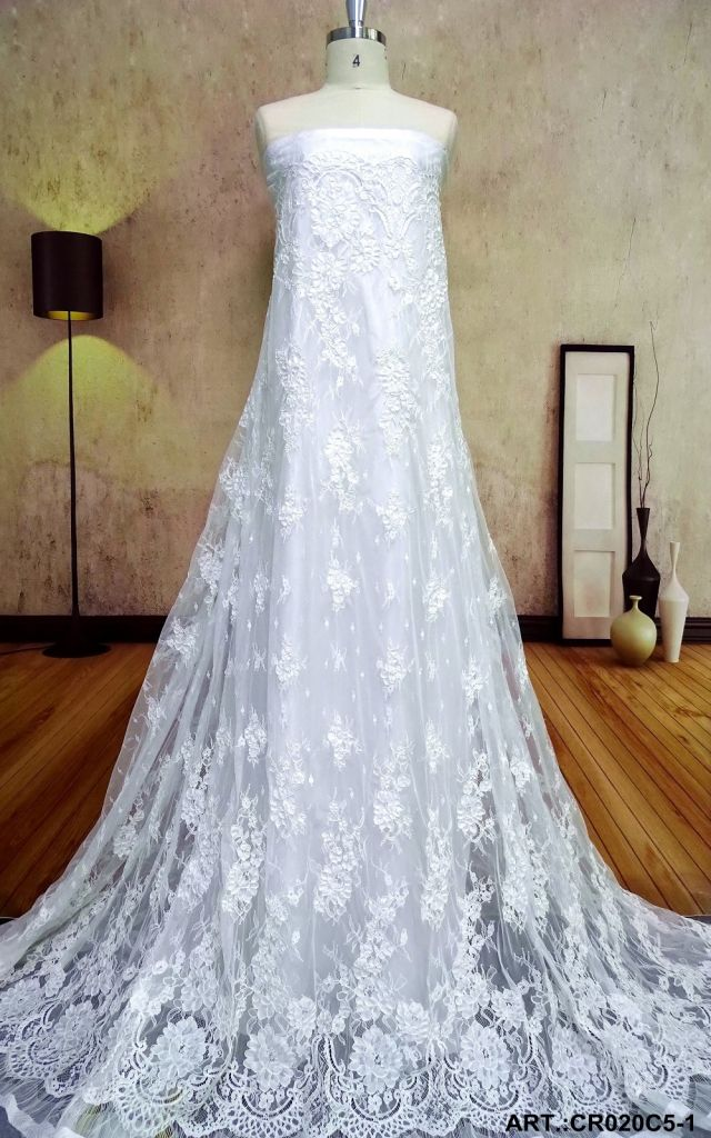 Hot selling /wholesale factory best price fabric ivory lace French lace For bridal Dress
