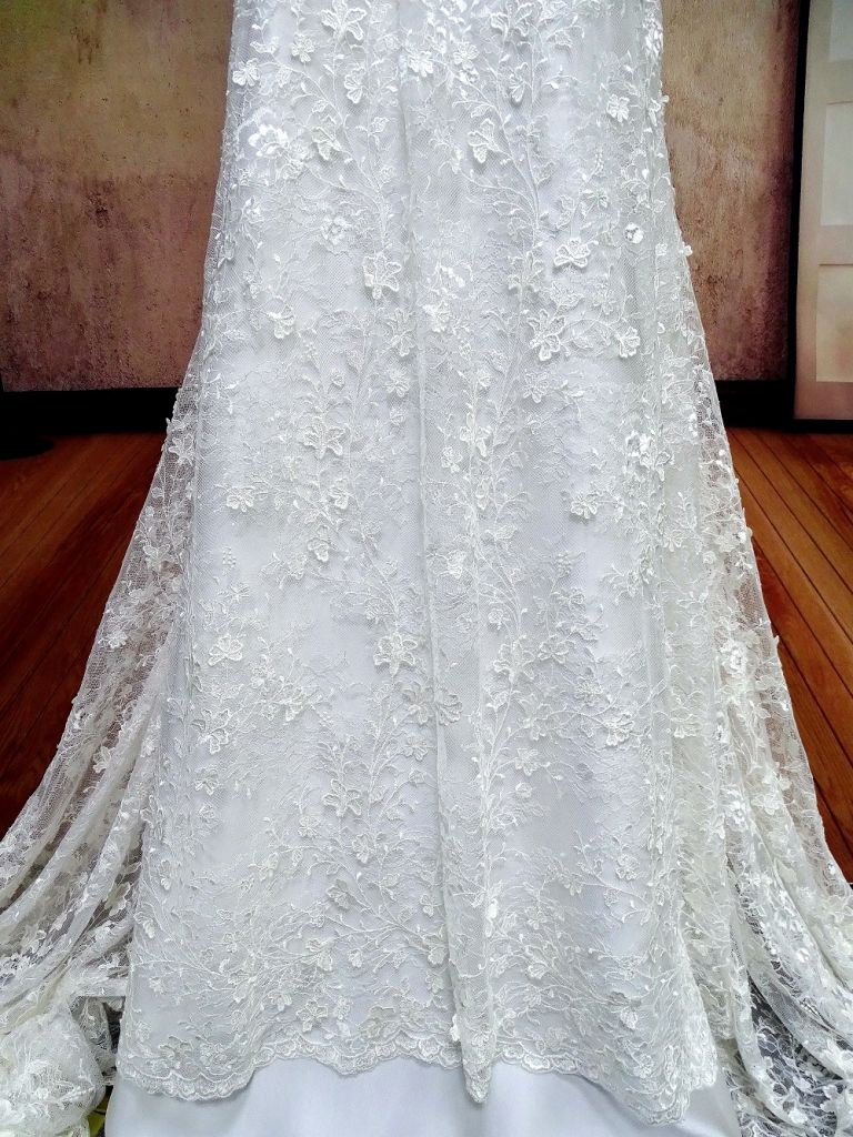 Beautiful flower design Sequins lace fabric bridal white lace ivory lace for bridal wedding dress