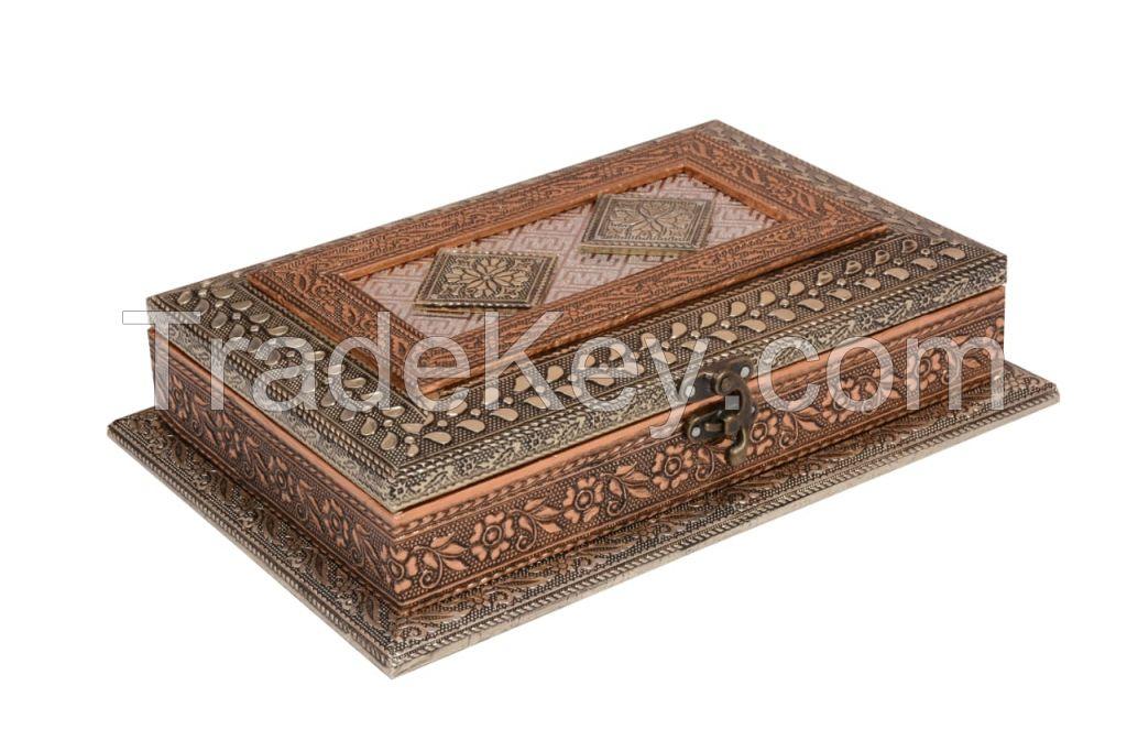 Wooden Handicraft Dry Fruit Box