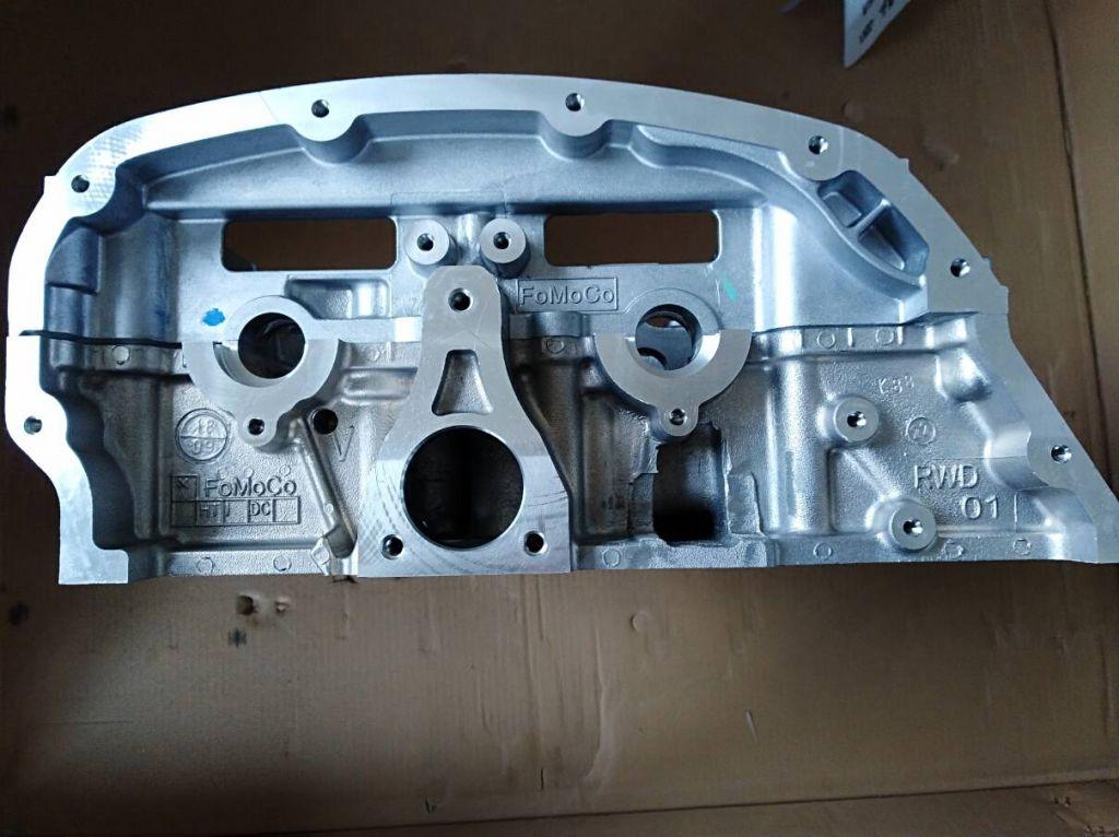 Ford Transit original cylinder head , 1740108, T215871, BK3Q-6049-AE, FoMoCo