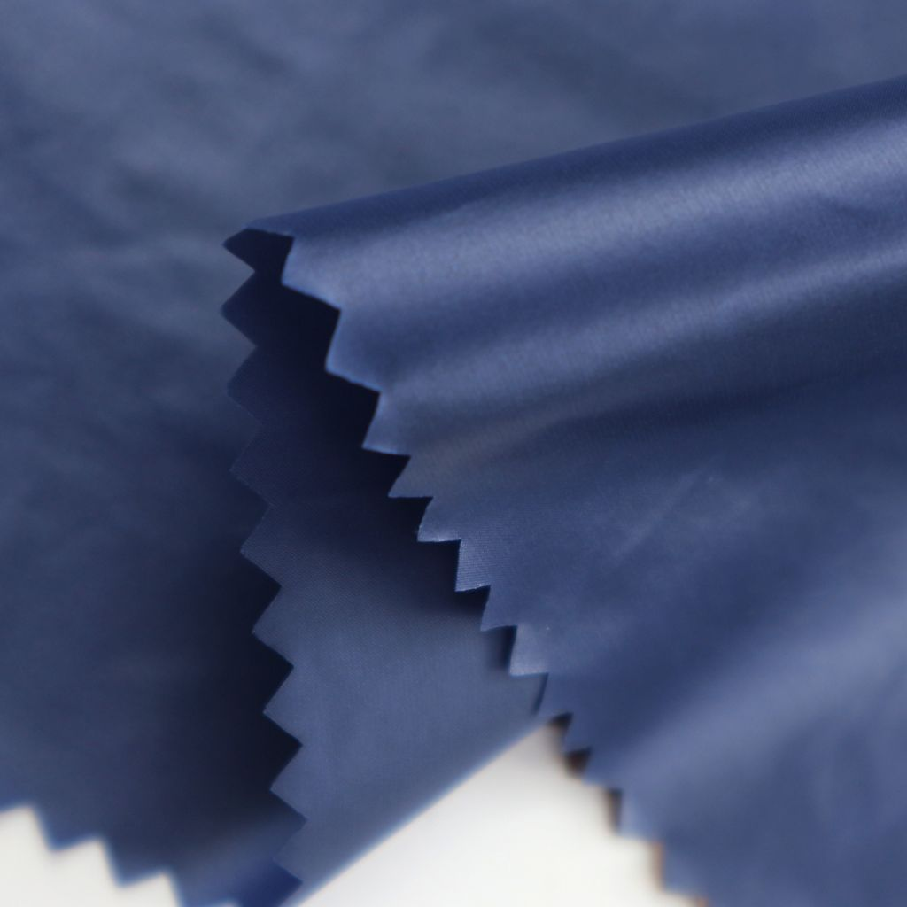 400T high desinity nylon fabric taffeta with oil Cal.  down proof fabric for garment
