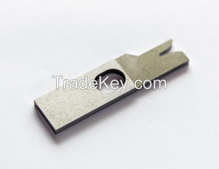 Terminal crimping blade