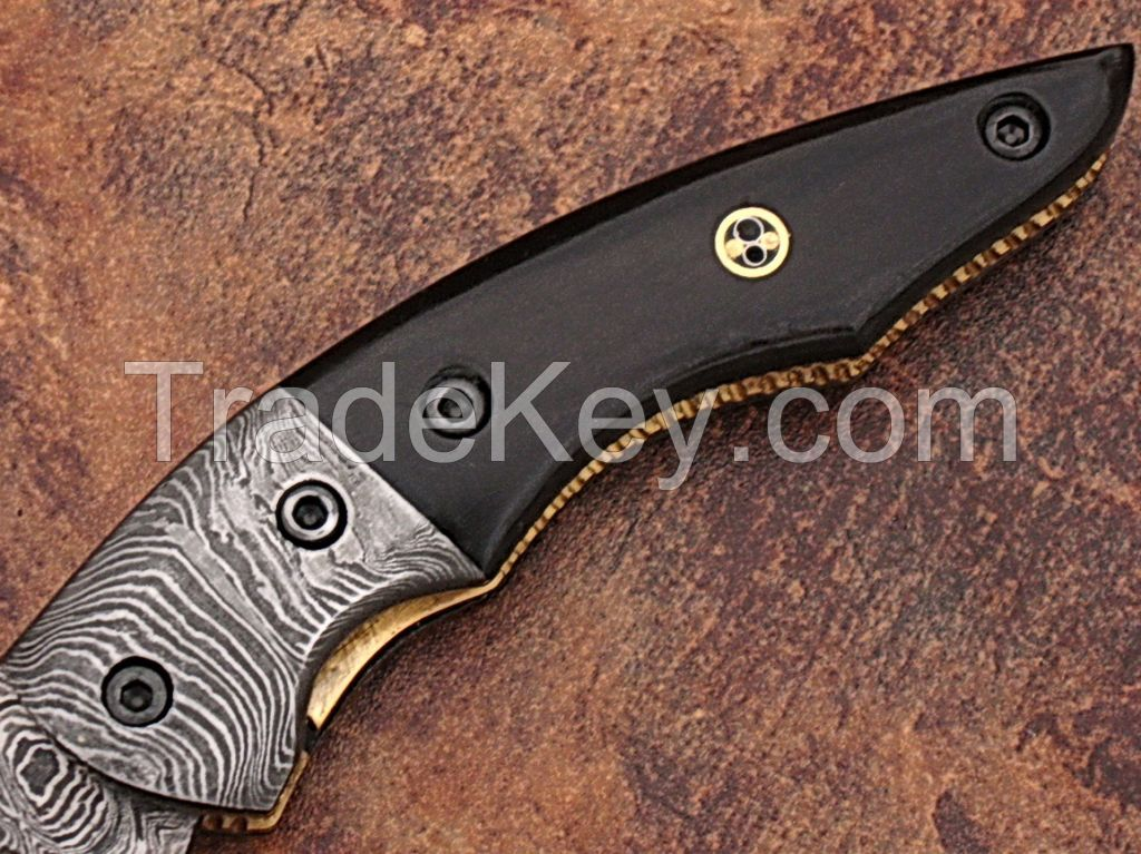 HAND MADE DAMASCUS KNIVES WITH BLACK HORN HANDEL