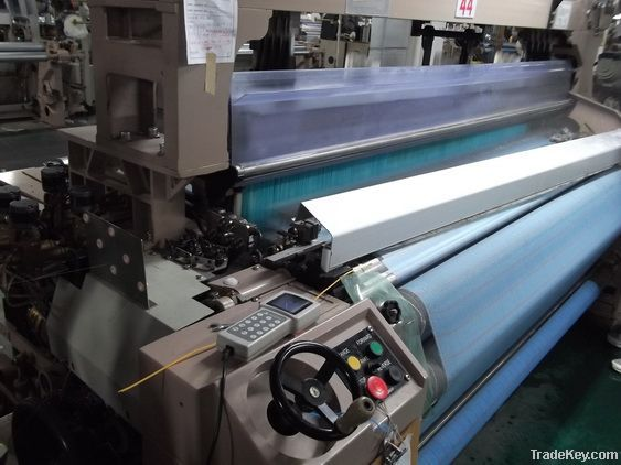 water jet loom with 6 nozzle