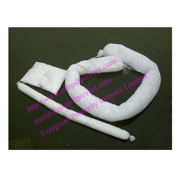 Oil Absorbent Boom/Oil Absorbent Pads from  Evergreen Properity in Chinese(Qingdao Singreat)