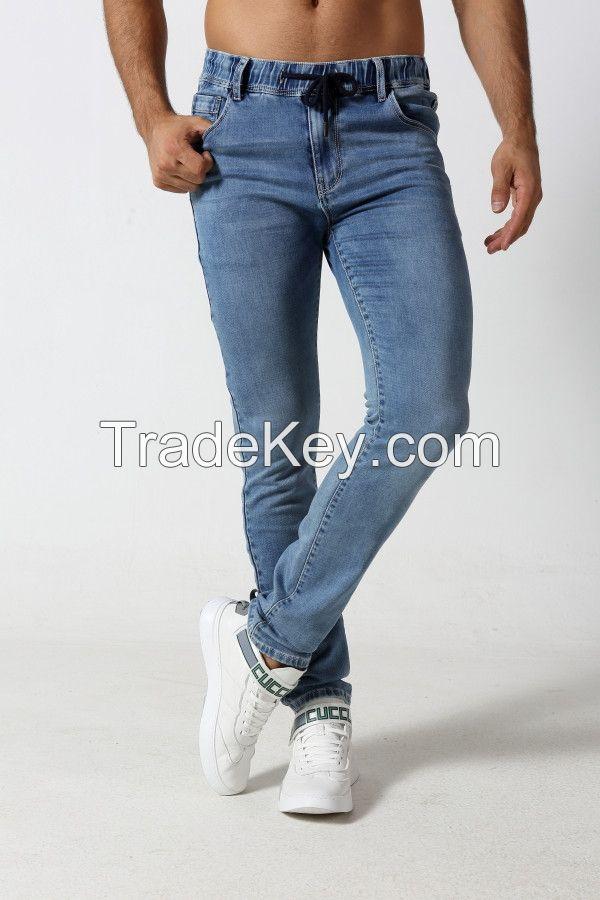 Men's straight fit light fade denim jogger