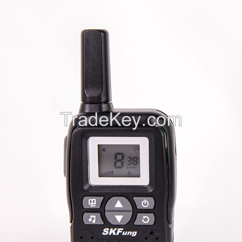 Factory Wholesale Walkie Talkies Toys 22 Channel FRS 5KM Range Mini Walkie Talkie for Kids