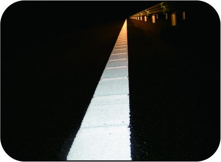 two-component  rainy night reflective road marking paint