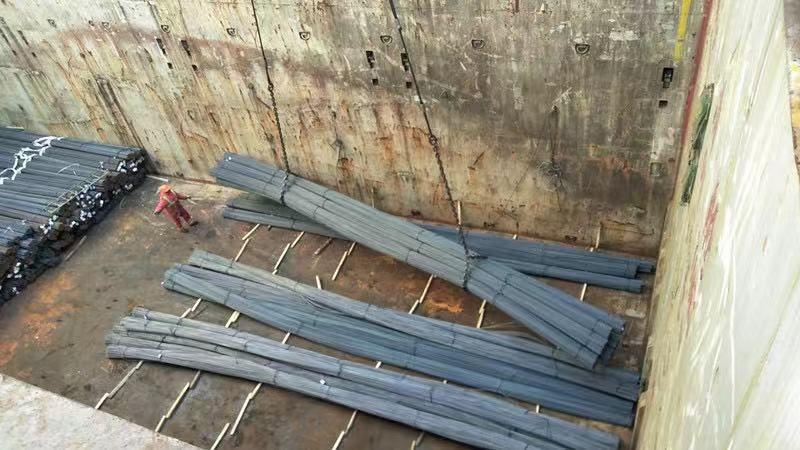 Hot Rolled Deformed Steel Bar/ Rebar Steel/ Iron Rod for Construction