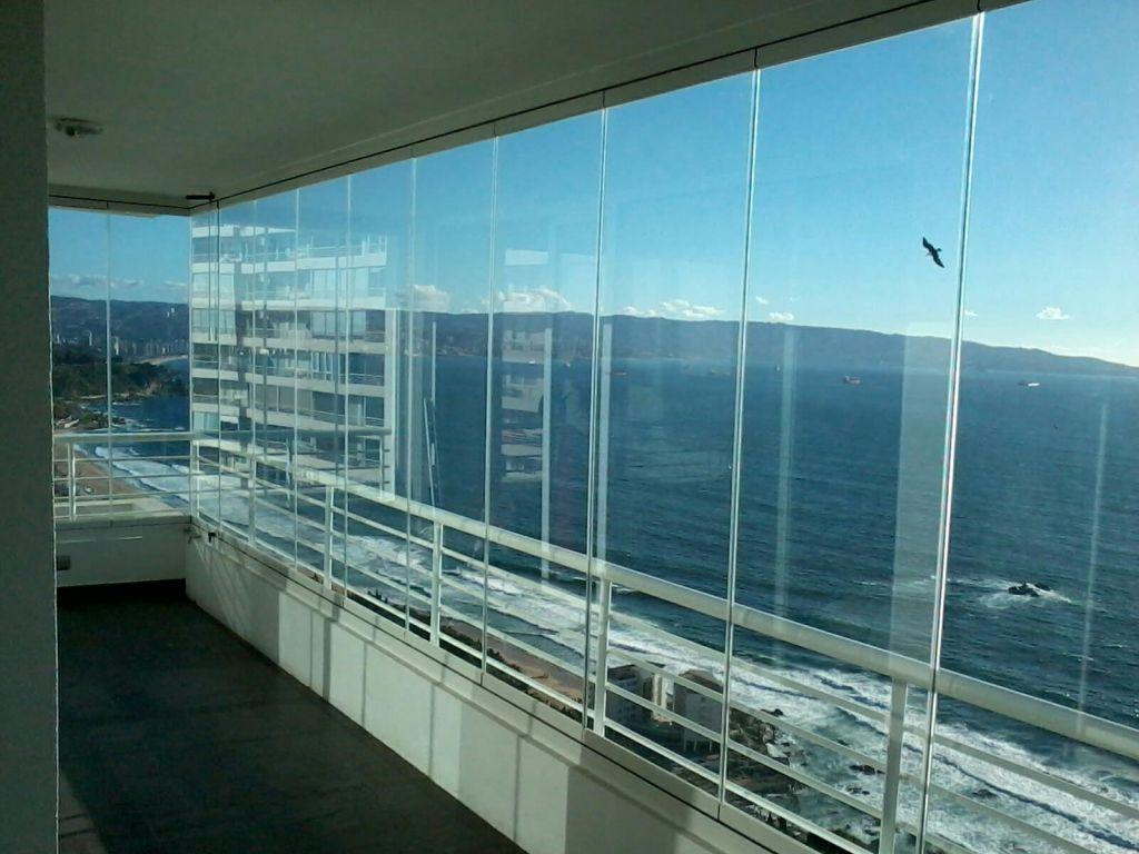 framless balcony system