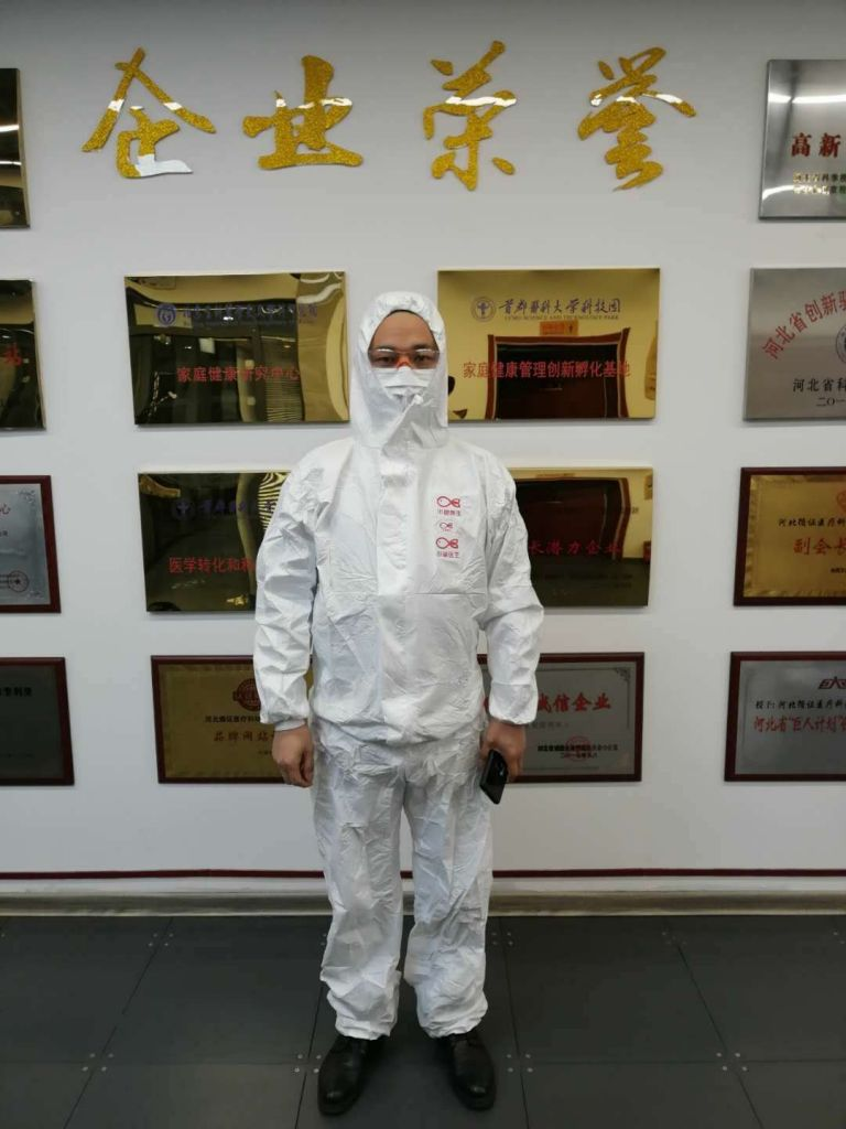 One-piece Medical Disposable Protective Coveralls  PP Non woven Safety Clothing