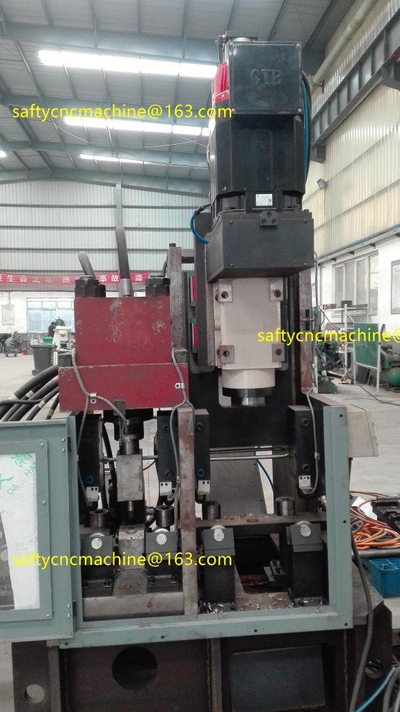 Steel plate drilling machine