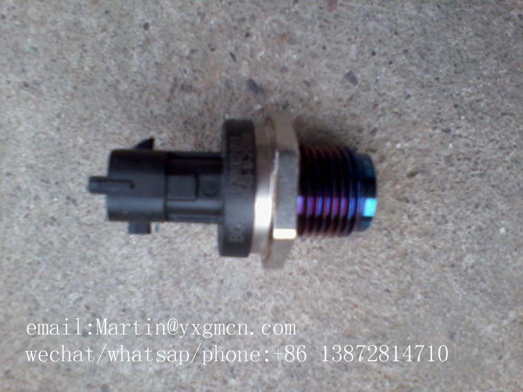 Fuel Pressure Sensor Testing Rail Sensor Diesel injection Engine Fuel Rail Pressure Sensor 3974092 0281002851