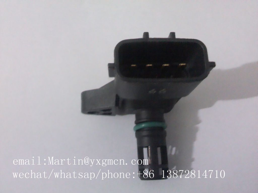 Diesel Engine Parts for DCEC Engine Temperature Sensor 4921322