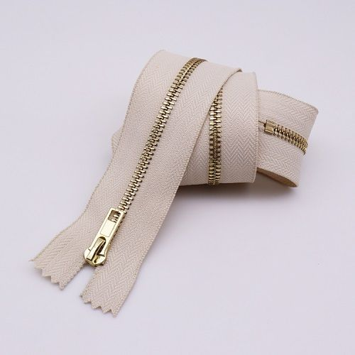 2019 Eco-Friendly open end gold color metal zipper custom metal zipper for garment