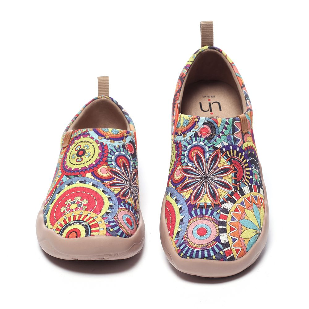 UIN Blossom Women's Fashion Tribe Art Sneaker Painted Canvas Slip-On Ladies Travel Shoes