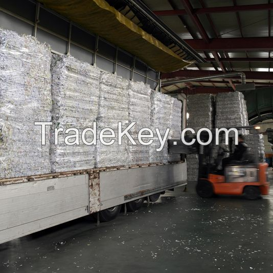 High quality shredded waste office paper / white waste paper for tissue Europe