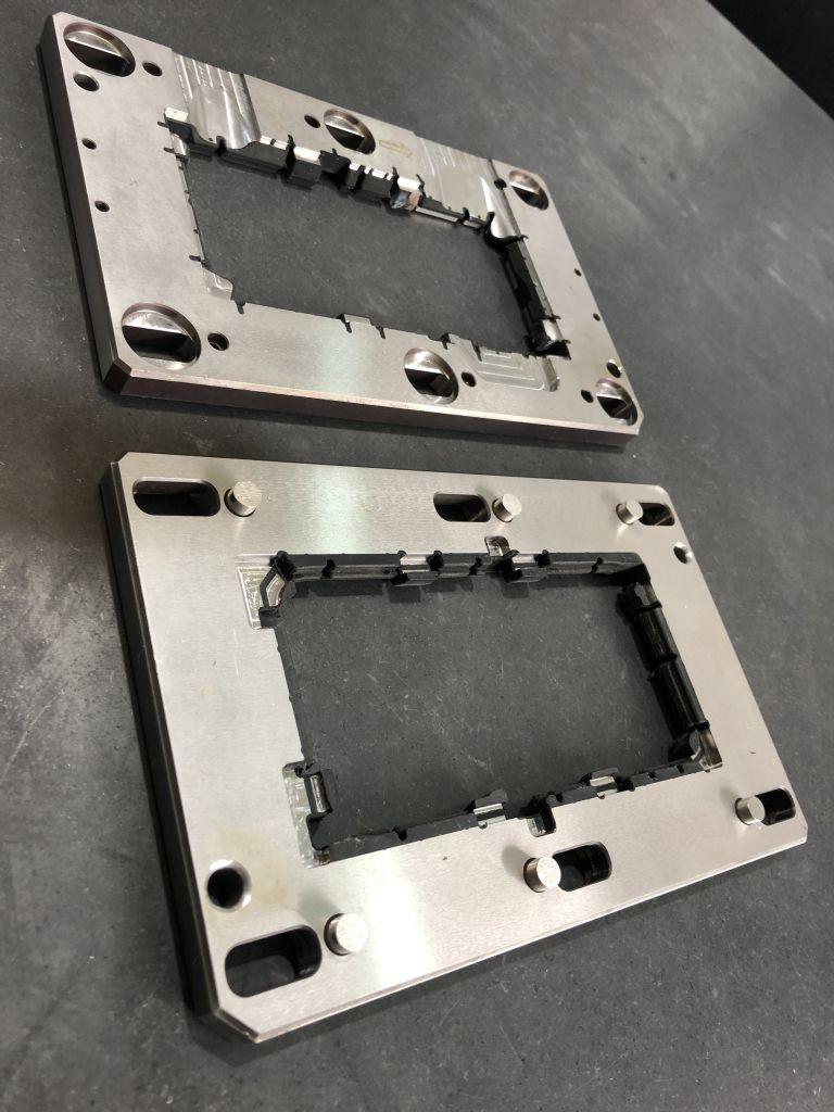 Precision cnc machining turning products plastic fabrication engineering lathe process service