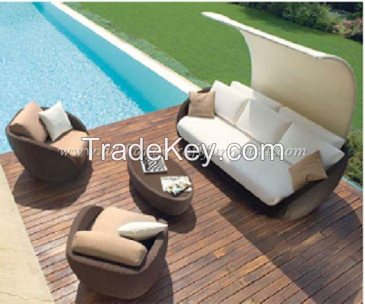 Wicker Furniture: Poly rattan sofa set   PRSF-110