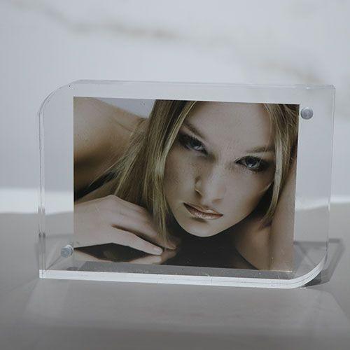 Vertical acrylic crystal photo frame