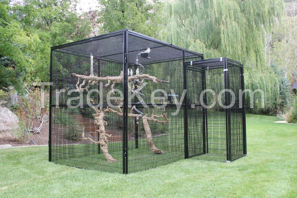 Large aviary coop / Large parrot cage