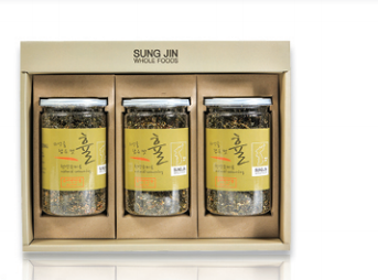 Furikake (a mixture of dried ingredients) laver flakes set