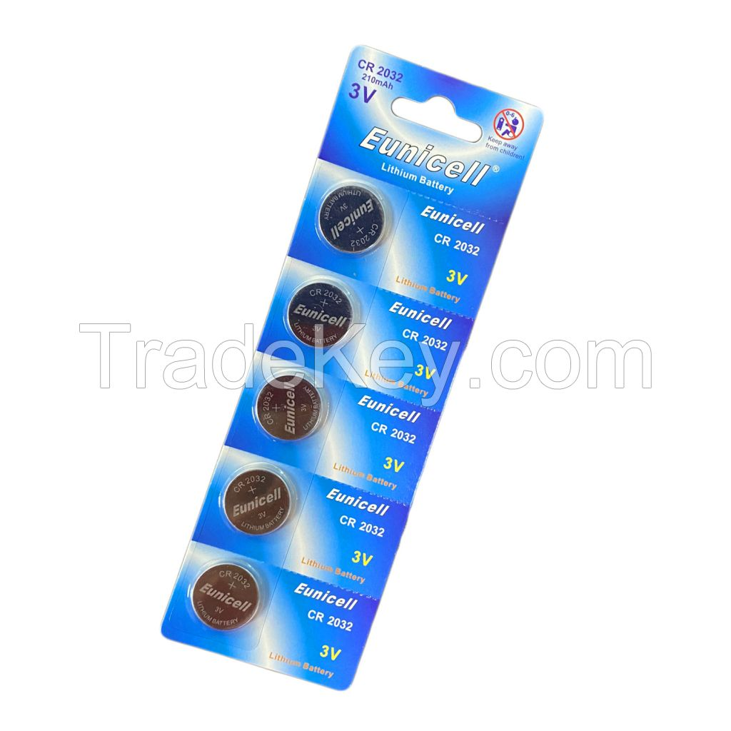 Eunicell 5 PCS Blister Card Package Lithium Button Cell Battery CR2032