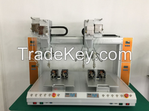 Full automatic soldering machine