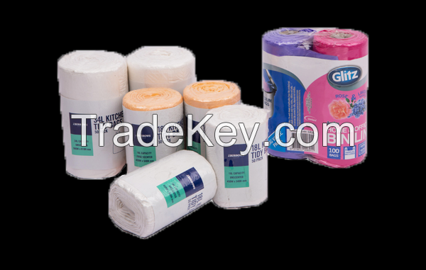 HIGH QUALITY S-SHAPE HANDLE BAGS ON ROLL FROM HANPAK JSC