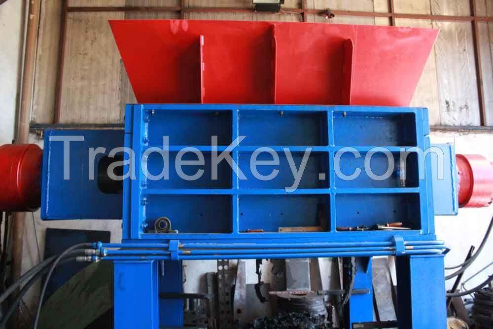 Double Shaft Hydraulic Shredder