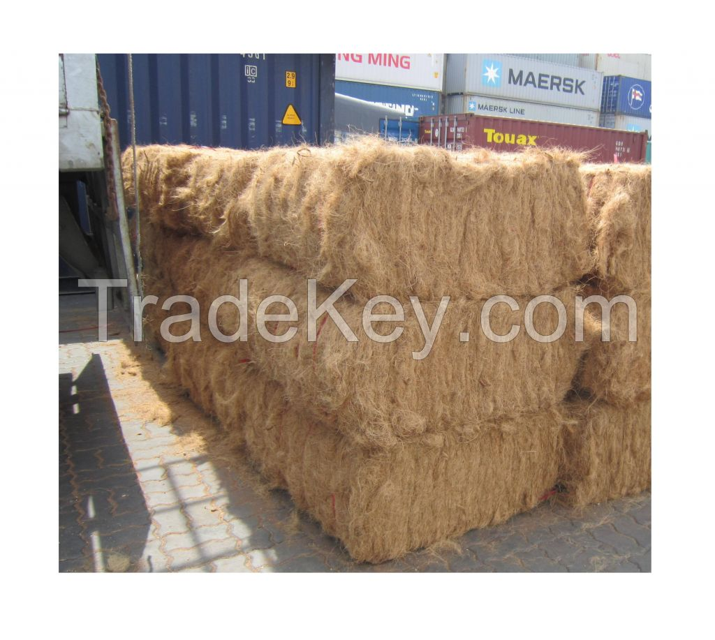 Dried Natural Coco Fiber Natural Weaving Coconut coir products At Factory Price ( Annie 0084702917076 WA)