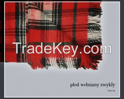 Woolen rugs, acrylic blankets and camping blankets